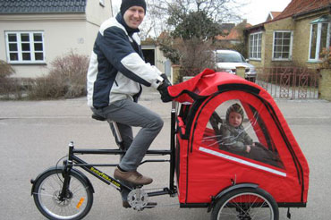 Christels familie bruger ladcyklen til at komme rundt i Køge