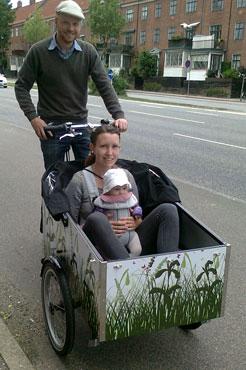 Anders Sejerø og konen er klar til at vise deres datter verden ved at cykle