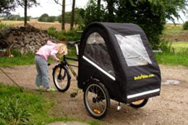 Den sorte flotte bellabike ladcykel udpakket